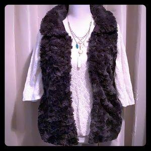 NWT  dylan by True Grit Faux Fur Vest